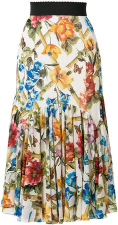 Dolce & Gabbana Women Midi Skirts on YOOX. The best online selection of Midi Skirts Dolce & Gabbana. YOOX exclusive items of Italian and international designers - Secure payments Plus Size Formal, Embroidery On Clothes, A Line Skirts, Midi Skirts, Passion For Fashion, Trendy Fashion, Ready To Wear, Floral, Dresses