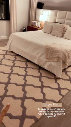 Pink Bedroom Decor, Master Bedroom Interior, Bedroom Furniture Design, Home Room Design, Master Bedroom Design, Modern Bedroom, Interior Design Living Room, Fancy Bedroom, Bedroom Decorating Tips