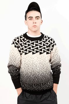 Knitted sweater done one by one using knitting machine and hand assembled by Senyor Pablo. Audemars Piguet, Sweater Fashion, Men Sweater, Calvin Klein, Mens Trends, Pullover, Knit Patterns, Knit Crochet, Prince Charming