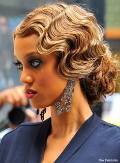 Trendy Wedding Hairstyles Vintage Gatsby Pin Curls 57 Ideas - Prom Makeup Looks Finger Wave Hair, Finger Waves, Finger Curls, Bridesmaid Hair, Prom Hair, Bridesmaids, Vintage Hairstyles, Wedding Hairstyles, Old Hollywood Hairstyles