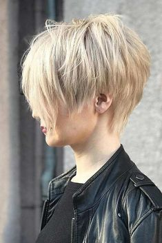 Today we have the most stylish 86 Cute Short Pixie Haircuts. We claim that you have never seen such elegant and eye-catching short hairstyles before. Pixie haircut, of course, offers a lot of options for the hair of the ladies'… Continue Reading → Short Hairstyles For Thick Hair, Short Pixie Haircuts, Curly Hair Styles, Coupes Long Pixie, Longer Pixie Haircut, Thin Hair Cuts, Long Pixie Cuts, Asymmetrical Pixie, Fine Hair