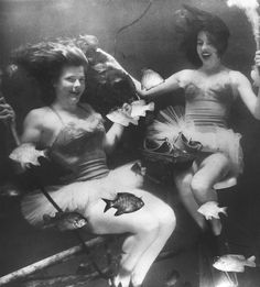 The Real Mermaids of San Marcos, Texas | Collectors Weekly
