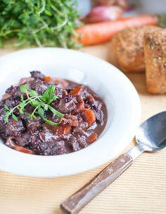 Dušené hovězí s brusinkami Beef, Recipes, Food, Meat, Eten, Recipies, Ox, Ripped Recipes, Ground Beef