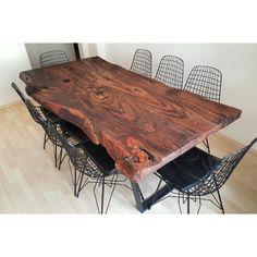 #ahsap #desing #kutuk #masa #table #özeltasarim #wood #içmimar #mimar #store #walnut #istanbul ...
