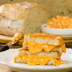 Grilled Pimento Cheese Sandwich for #SundaySupper via @magnolia_days