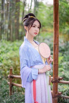 Archive for Chinese History, Culture, & Creativity Chinese Traditional Costume, Traditional Fashion, Traditional Dresses, Hanfu, Yukata, China Girl, Chinese Clothing, Oriental Fashion, Chinese Culture
