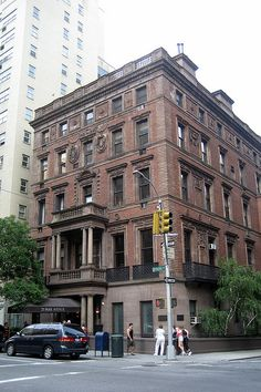 The James Hampden Robb and Cornelia Van Rensselaer Robb House, at 23 Park Avenue, was designed from 1888-92 by Stanford White of McKim, Mead and White.