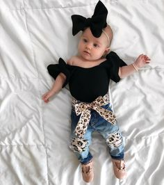 The most cute looks for newborn baby girl outfit, come across most of the facts like pajamas, entire body suits, bibs, and a lot more. Newborn Boy Clothes, Cute Baby Clothes, Baby Girl Newborn, Newborn Clothing, Kids Clothing, Baby Baby, Children Clothes, Baby Outfits, Kids Outfits