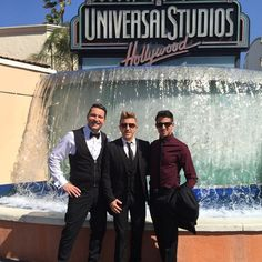 """39 Likes, 1 Comments - Chris Meyer (@meyerflies) on Instagram: """"Outside Universal for the Voice awards! @tyherndonofficial and @billy__gilman have rehearsal soon!…"""""""