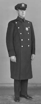 """This was my winter uniform coat. We called them """"Horse Blankets"""" and they were very heavy and had a flannel plaid liner inside. This thing was horrendous when it cot wet. It soaked up water like a sponge. Cop Uniform, Police Uniforms, Men In Uniform, Police Officer, Police Cars, 1940s Mens Fashion, Hot Cops, Top Pic, Blue Bloods"""