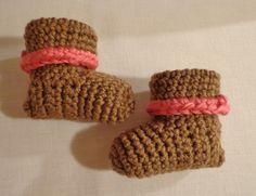 Handmade Crochet Baby Cuffed Boots Booties 0-3 months Brown & Pink ebay $0.99