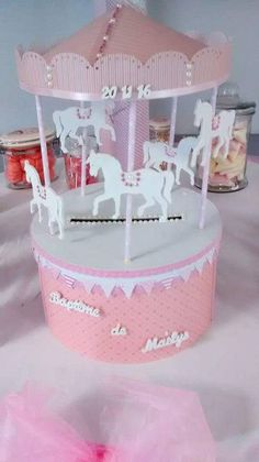 Girl Birthday, Birthday Parties, Baby Giveaways, Carousel Party, Gift Wraping, 3d Paper Crafts, Baby Shower Diapers, Card Box Wedding, Baby Sewing