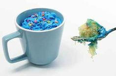 Easy Microwave Mug Cake ... This would be fun for the kiddos :)