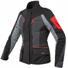 Dedicated to female touring riders in search of functionality and comfort, even when encountering bad weather along the way, with a fit specially designed for the female body.