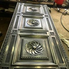 Grill Gate Design, Steel Gate Design, Metal Fabrication Tools, Steel Frame Doors, Porte Design, Front Door Paint Colors, Front Door Makeover, Wrought Iron Doors, Entry Doors