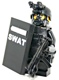 Amazon.com: SWAT Police Officer Pointman - Modern Brick Warfare Custom Minifigure: Toys & Games