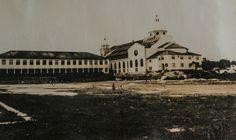 Igreja de São José, vista do pátio interno do Colégio Domingos Sávio, em 1978. Manaus. Acervo: Moacir Andrade.