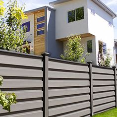 Horizontal fencing by FDS Fence Distributors offers full privacy with Trex components and the Horizons sleek metal frame design. Trex Fencing, Composite Fencing, Timber Fencing, Fences, Building A Fence, Horizontal Fence, Good Neighbor, Backyard, Patio