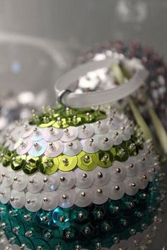 DIY Tutorial: DIY Christmas Crafts / DIY Christmas Ornament Sequins - Bead&Cord