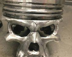 Lamp Piston skull
