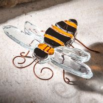 J. Devlin fused glass bee