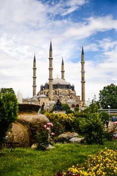 Selimiye Mosque (Selimiye Mosque in Edirne, the Ottoman Sultan II. Sinan the Architect is the mosque of Selim.)