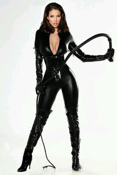 domkashmir: I have no desire to be Domme-d but I certainly do like what she and that catsuit do for each other…