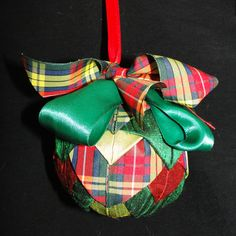 Large Bauble - Quilted Green and Red Tartan Christmas Baubles, Christmas Crafts, Christmas Decorations, Green Quilt, Unique Cards, Tartan, Greeting Cards, Gift Wrapping, Luxury