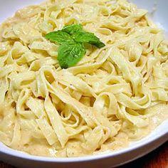 Whatcha Got Cookin?: Parmesan Alfredo Sauce