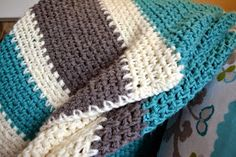 Modern Grace Design: Free Pattern :: Easy Striped Blanket