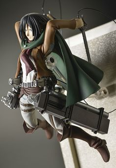 AmiAmi [Character & Hobby Shop] | Monthly Attack on Titan Official Figure Collection Vol.3 Mikasa (3D Maneuver Gear Ver.) (BOOK)(Provisional Pre-order)