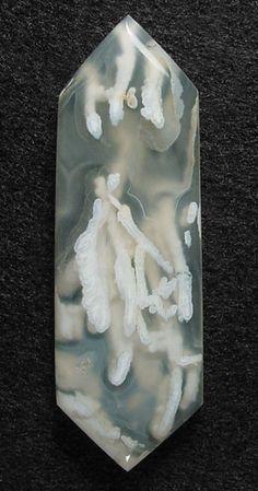 Tube agate
