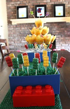 Gourmet Mom on-the-Go: Easy Lego Pops