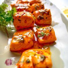 Die würzige Marinade für den Lachs ist schnell und einfach gemacht. So habt ihr im Handumdrehen eine neue Variante, wie ihr den gesunden Fisch zubereitet.