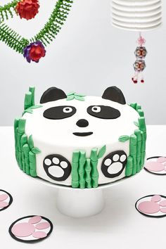 Cakest is pleased to offer a variety selection of unique birthday cake designs for DIY birthday cake decorating kits for kids, children, boys, and girls. Panda Birthday Cake, Unique Birthday Cakes, Diy Birthday Cake, Themed Birthday Cakes, Cake Decorating Kits, Birthday Cake Decorating, Bolo Panda, Panda Cakes, Cake Kit