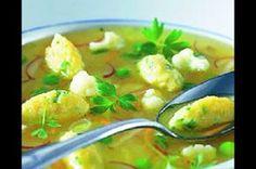 Jarní zeleninová polévka se sýrovými nočky Potato Salad, Cauliflower, Potatoes, Vegetables, Ethnic Recipes, Food, Cauliflowers, Potato, Essen