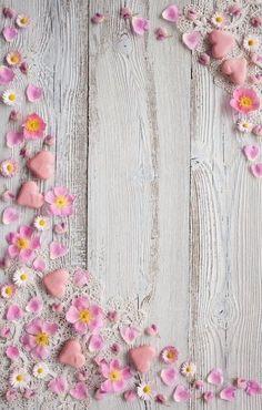 Easter Wallpaper, Wood Wallpaper, Flower Wallpaper, Phone Screen Wallpaper, Cellphone Wallpaper, Iphone Wallpaper, Beautiful Flowers Wallpapers, Cute Wallpapers, Flower Backgrounds