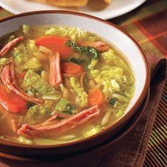 Soupe au chou frisé, au jambon et à l'orzo - Recettes - Cuisine et nutrition - Pratico Pratique