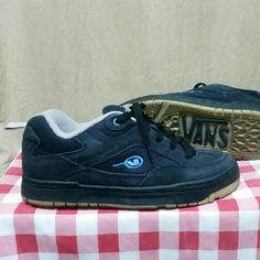 39ff7498d6 VANS skate shoes 90 s Era on Carousell Vans Skate Shoes