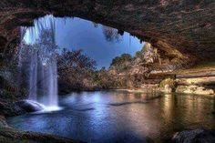 Grotte aquatique