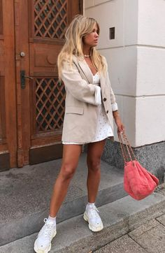 d6f3264ed270 33 best Beige blazer outfit images | Fashion clothes, Spring summer ...