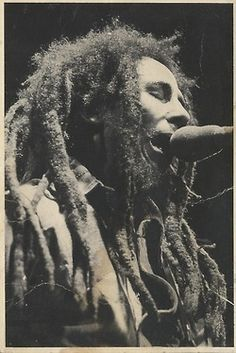 "BOB MARLEY, Photo used on the front cover of the ""Rainbow Country"" maxi-single released on Daddy Kool Records in the UK. We Heart It, Bob Marley Art, Bob Marley Pictures, Marley Family, Jah Rastafari, Robert Nesta, Nesta Marley, The Wailers, Reggae Music"