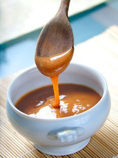 Gotta love the thought of adding Biscoff to caramel! Biscoff Caramel via Cookies Cookies Salted Caramel Sauce, Food Flavoring, The Chew Recipes, Cooking Recipes, Payday Candy, Toffee Dip, Dairy Free, Cooking Tips, Blancmange