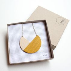 деревянные украшения 01