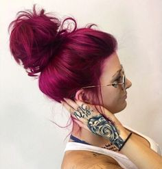 20 Unboring Styles with Magenta Hair Color - Burgundy Hair Color For Blondes summer hair inspiration, summer haircolor, summer hair colour, summ - Magenta Hair Colors, Hair Dye Colors, Red Hair Color, Cool Hair Color, Red Purple Hair, Color Red, Fashion Hair Color, Pink Purple Hair, Loreal Hi Color Magenta