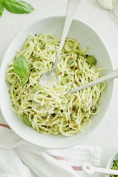 Salty, spicy, and pickley Castelvetrano olive tapenade spaghetti salad Tapenade, Antipasto, Spaghetti Salad, Pasta Salad, Relish Trays, Pitted Olives, Taco, Dinner Is Served, Looks Yummy