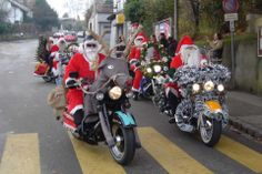 Santa's on harleys