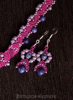 #small #macrame #purple #earrings #lapislazuli <3