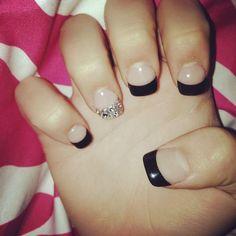 Black tips with glitter tip ring finger