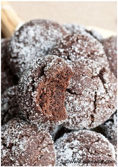 This easy mocha crinkle cookies recipe is great for people who like coffee and chocolate and adore soft cookies with sugary tops. Also great for gift-giving